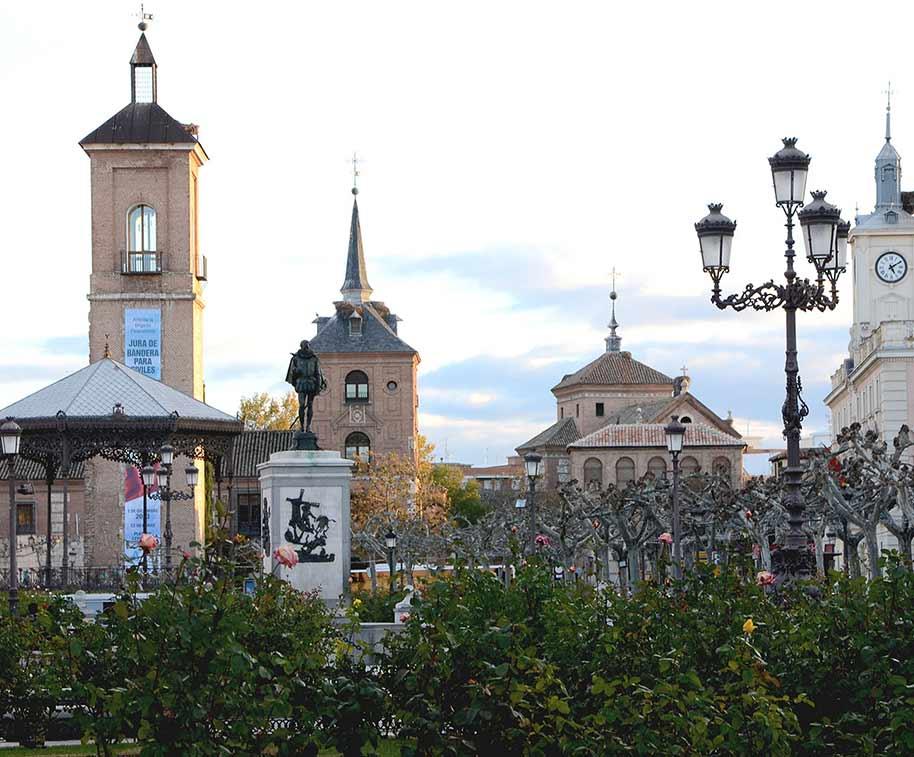 plaza-cervantes