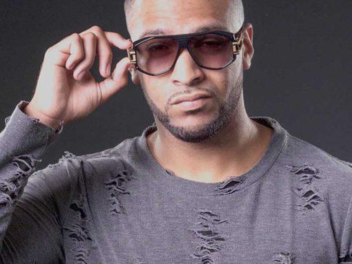 DJ  X-TRA